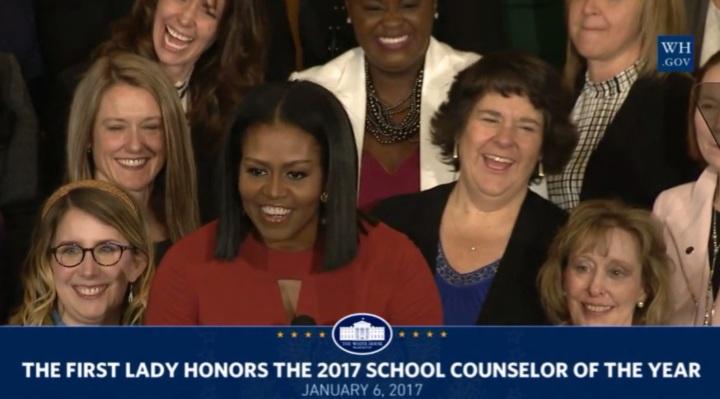 discurso-emocionado-e-verdadeiro-no-adeus-de-michelle-obama
