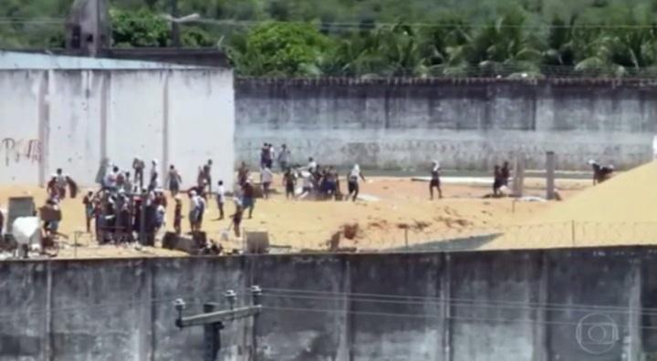 os-reporteres-do-fantastico-entraram-na-penitenciaria-em-rebeliao-e-fizeram-imagens-exclusivas-da-rebeliao