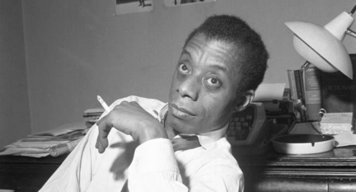 James Baldwin, romancista, ensaísta, dramaturgo, poeta e crítico social afro-americano.