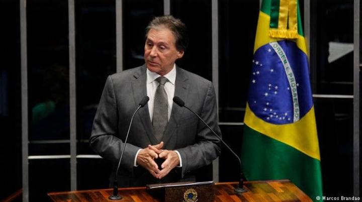 o-senador-eunicio-oliveira-ce-foi-ministro-do-governo-lula-aliado-proximo-de-dilma-e-liderou-a-bancada-do-pmdb
